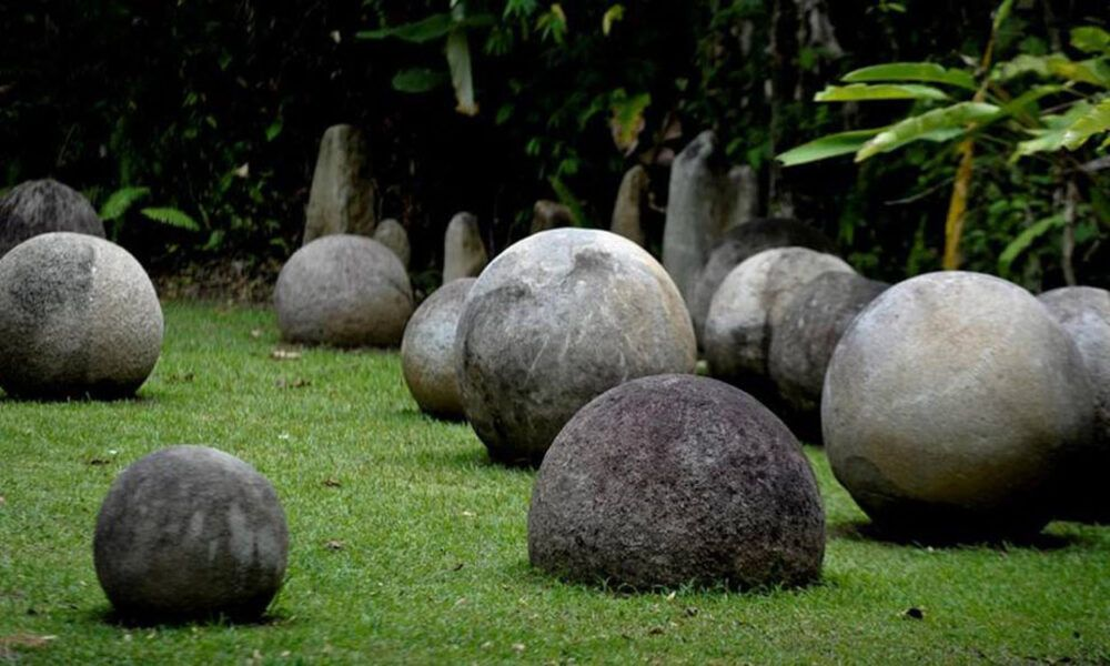 parque las esferas