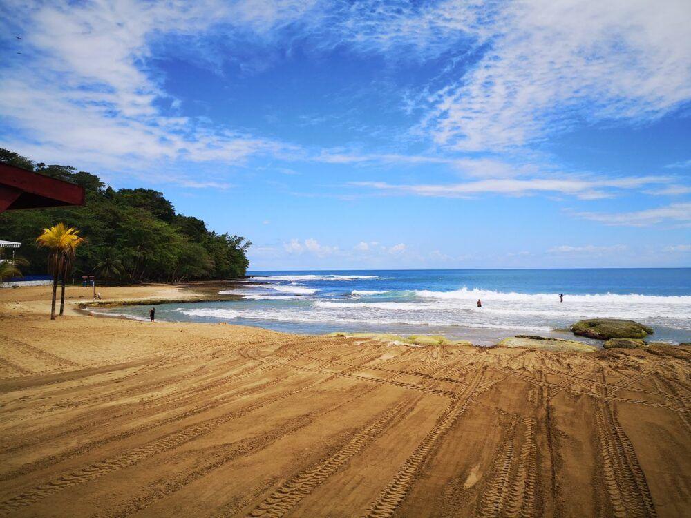 Información general de Playa Bonita, Costa Rica